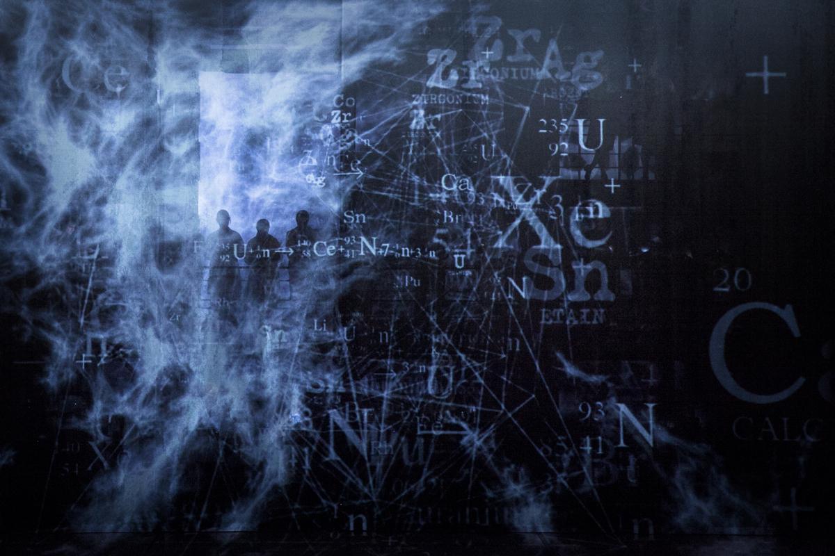 02 Dr Atomic 01 © BKYC